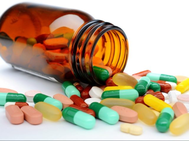 Причины и эффективные способы лечения варикозного дерматита