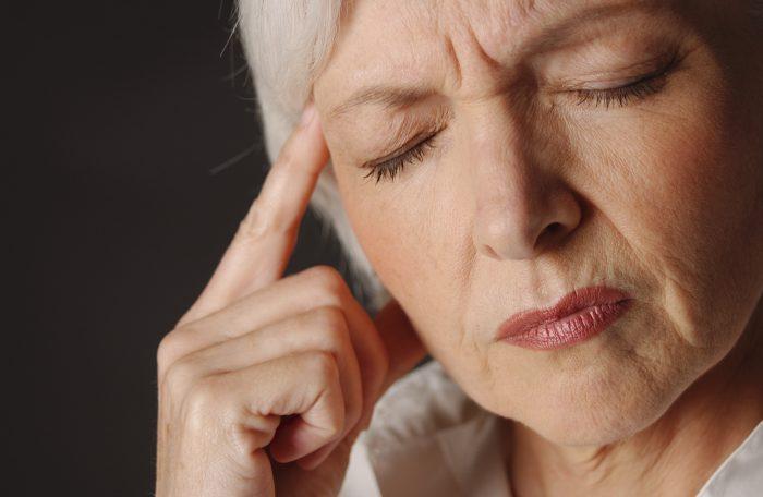 После инсульта постоянно болит голова что делать